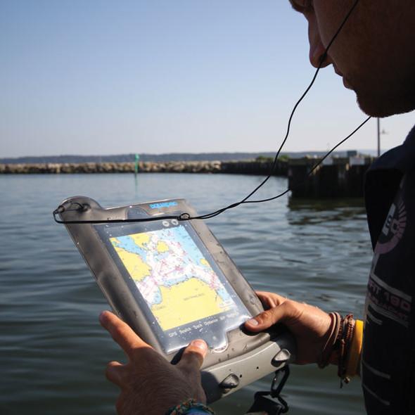AQUAPAC(アクアパック)の「Waterproof iPad Case」