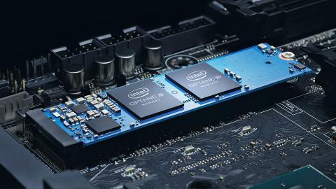 メモリやストレージ容量が多いだけでなく、動作を高速化させるIntel Optane メモリーを搭載するモデルも