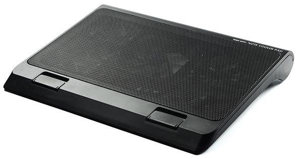 サンワサプライ「ノートパソコンクーラー 400-CLN025」