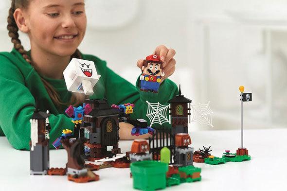 スーパーマリオの世界がレゴに!