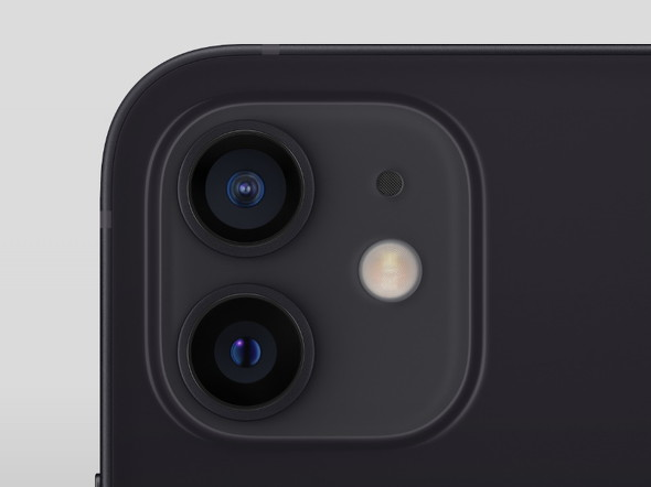 iPhone 12のアウトカメラ