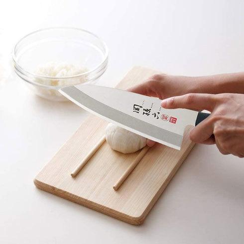 左利きグッズ:包丁は両刃仕様が使いやすい