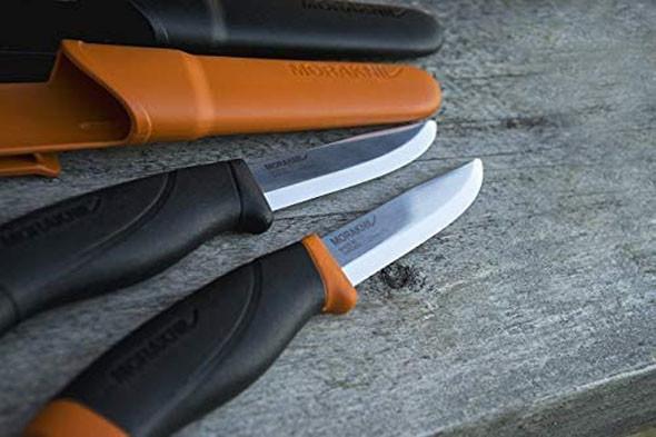 アウトドアナイフ