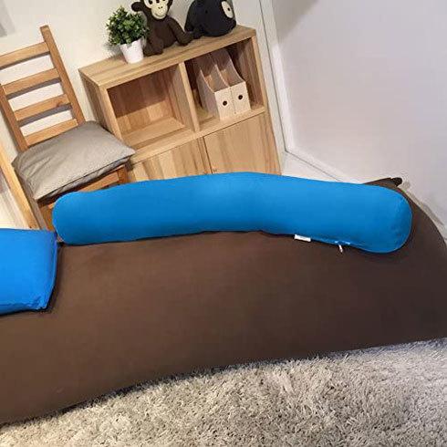 抱き枕:寝返りを打ちやすい「ストレート型」と「ウェーブ・三日月型」