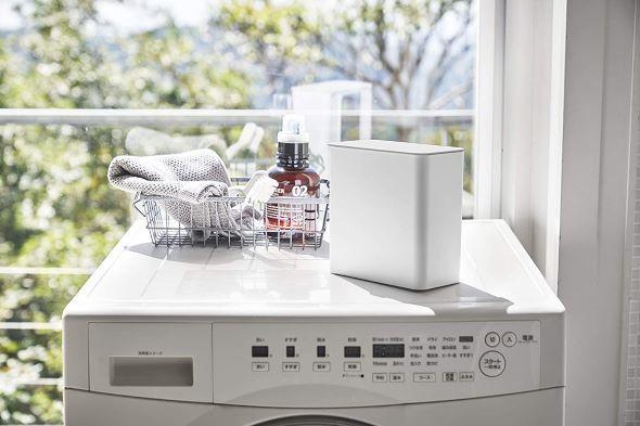 山崎実業「マグネット洗濯洗剤ボールストッカー タワー」