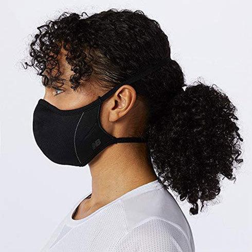 スポーツマスク:暑さを回避するには、接触冷感性をチェック