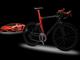赤くて黒いランボルギーニ自転車、お値段たったの210万円