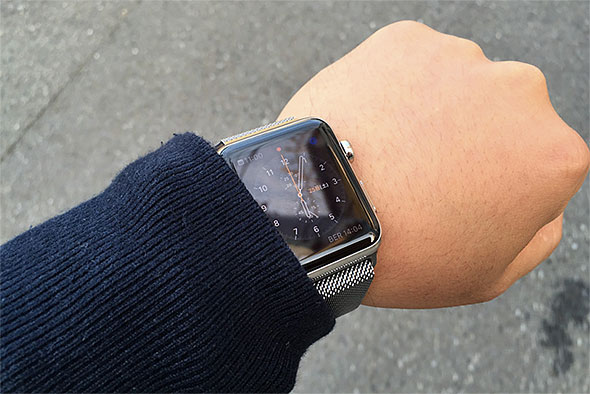 Apple Watch�̃o�b�e���[