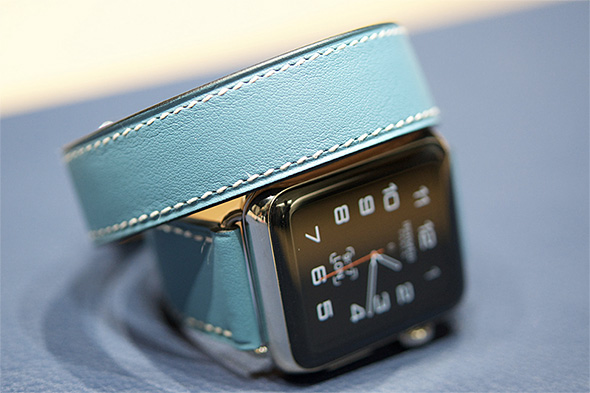 Apple Watch Hermes ドゥブルトゥール