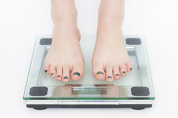 1年で最も体重が重いのは1月6日