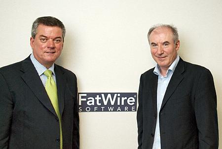 インターナショナル プレジデントのマーク・ブリジャー氏(左)と、技術戦略 副社長のノエル・ジェフリー氏