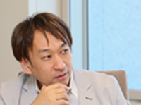 西脇 資哲 氏<br>日本マイクロソフト株式会社 エバンジェリスト(業務執行役員)