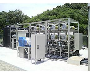 浸透圧発電実証プラント設備の一部