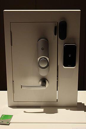 NECリーダーでSuicaを鍵代わりに使用できる