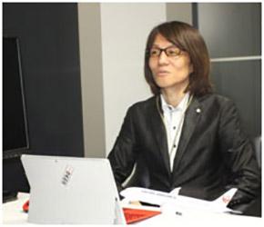 日本航空 コミュニケーション本部コーポレートブランド推進部のWebコミュニケーショングループグループ長 山名敏雄氏