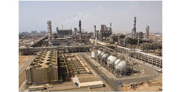 サウジアラムコ社(サウジアラビア)の原油処理プラント