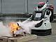 ALSOK、新型警備ロボット「ガードロボD1」を発表