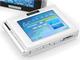 コウォン、タッチパネルUI採用の小型メディアプレーヤー「COWON D2」