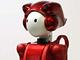 二輪から四輪へ変形するロボット、日立「EMIEW 2」
