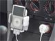 サン電子、iPod専用FMトランスミッターにiPodホルダー付属モデル