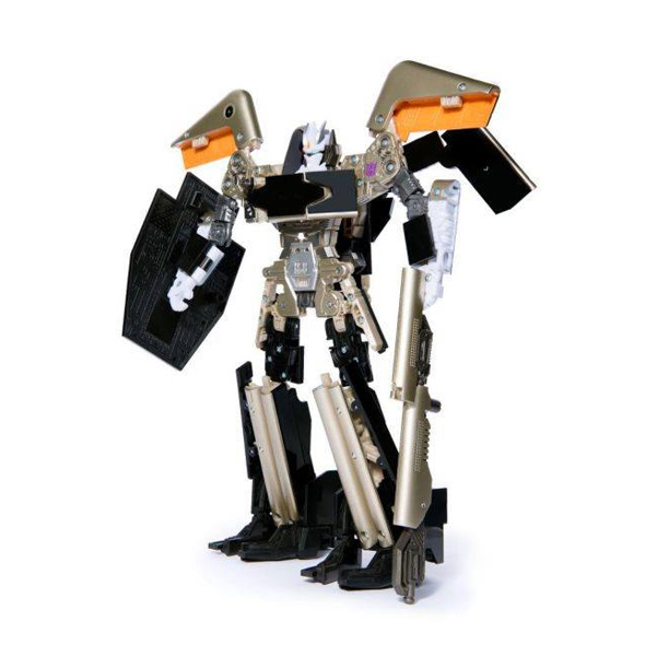 トランスフォーマーに変形するタブレット型玩具