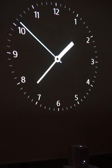 時計を投写