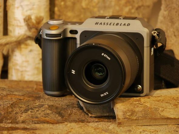 ハッセルブラッドのミラーレス中判デジタルカメラ「X1D」