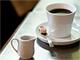 どっちのコーヒーを飲む? コーヒーチェーン店とファストフード店