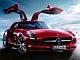 ベンツの新しい「ガルウイング」スポーツカー——SLS AMG