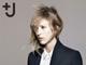 ユニクロ「+J」をiPadで——2010年秋冬コレクション