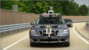 自動運転実験車