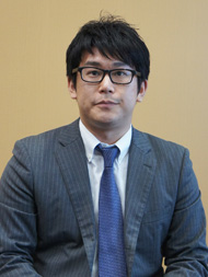 ay_hitachi02.jpg