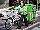 宅配は大手だけではない! 自転車を駆使して稼ぐエコ配