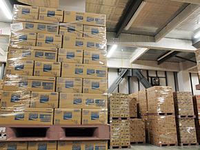 出荷頻度別などに商品を保管するロケーションを分けている