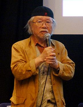 機械の身体の実現性の話を受けて、限りある命というテーマを語る松本零士氏