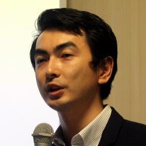 シバタアキラ氏