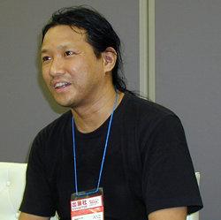 アックス代表取締役社長 竹岡尚三氏