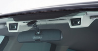 写真2 EyeSightのステレオカメラ(提供:富士重工業)