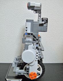LEGO Mindstorms NXT(左側面)