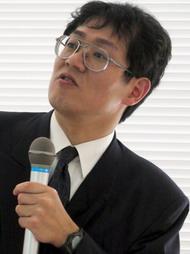 長崎 健氏