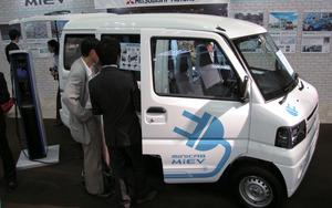 写真5三菱自動車の「MINICAB-MiEV」