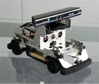 「RoboCar 1/10 Lite&Kinect」の正面