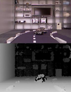 画像2(左) 上がカメラ映像、下がKinectを通した距離画像