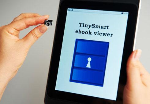 TinySmartをモバイル機器に挿入