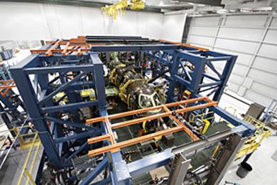 HondaJet量産型2号機による構造試験の様子