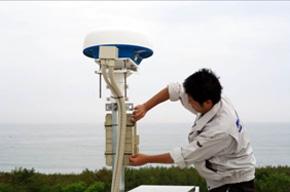 福島県小名浜に設置した「TSUNAMIレーダー」