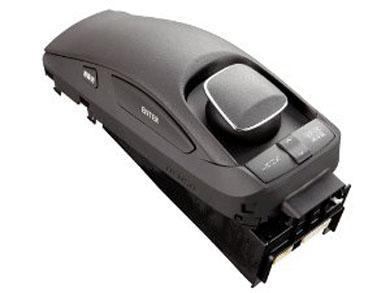 デンソーが開発した「リモートタッチコントローラ」