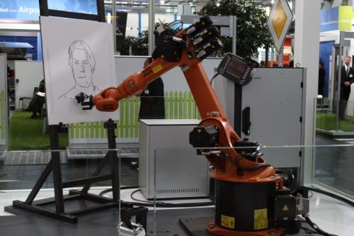 おまけ:「CeBIT 2012」で、Fraunhofer IISが展示していた似顔絵ロボット