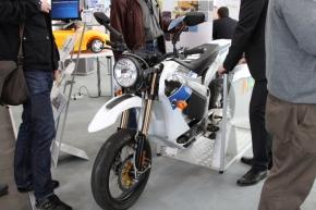NXPセミコンダクターズの電動バイク「ZERO」