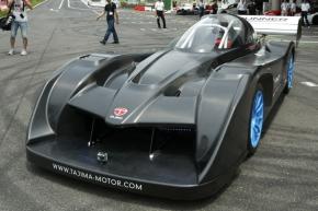 Team APEV with モンスタースポーツが公開したEVレースカー「モンスタースポーツ E-RUNNER パイクスピークスペシャル」